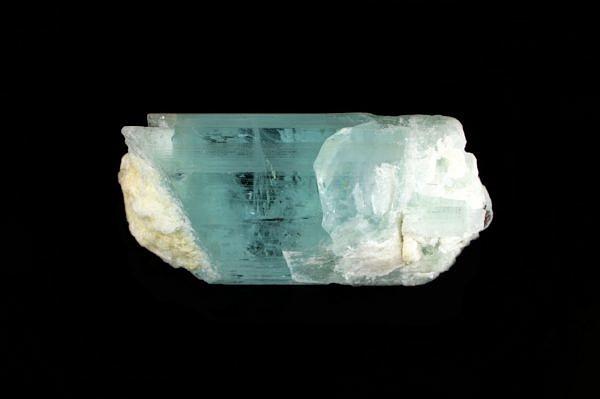 Akvamarín (krystal) - Pákistán